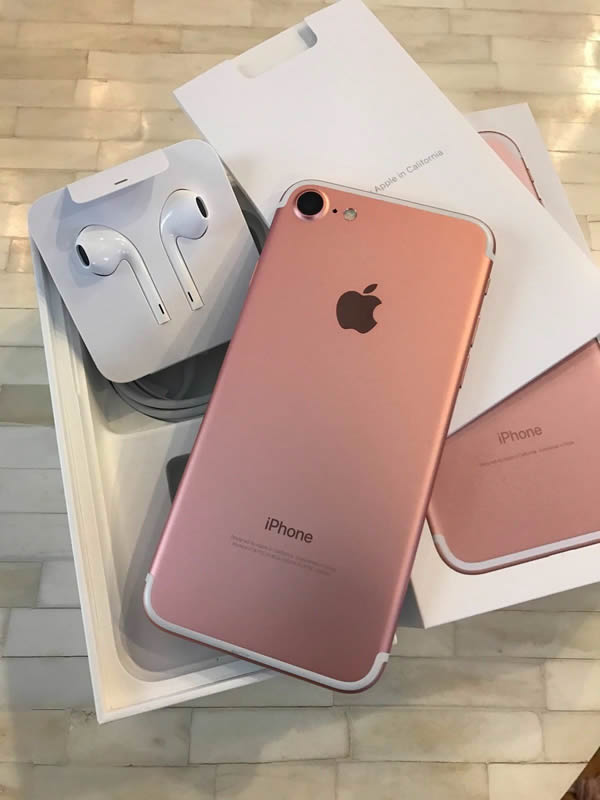 brand new apple iphone 7 for sale ghc 1950 myebayghana. Black Bedroom Furniture Sets. Home Design Ideas